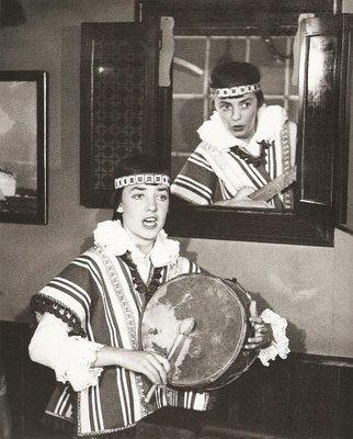María Elena Walsh y Leda Valladares