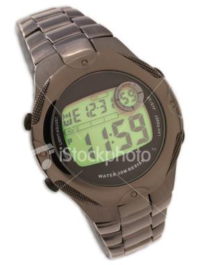 Imagen de reloj digital que indica las 11:59.
